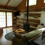 Dogwood cabin - 1st floor