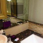TV in bath (Room 75)