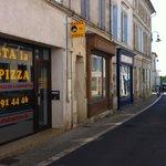 Hasta La Pizza