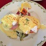 Breakfast Day 2 - Eggs Benedict