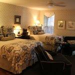 The Rhett Inn House Room 8