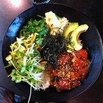 Raw tuna salad & rice bowl