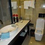 Badkamer van hotelkamer