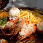 ouassous (très très grosses crevettes) avec différents accompagnements