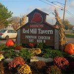 Nikos Red Mill Tavern