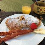 Walter's delicious and healthy banana pancakes!