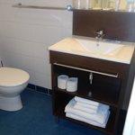 meuble salle de bain et  lavabo