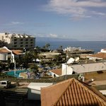 view from appartments across pool and out to La Gomera