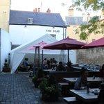Patio/garden, The Bear Inn, Oxford, England, September 2014