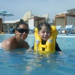 En una piscina
