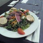 Salade gourmande au foie gras de canard