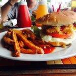 Unca Gene's Seafood Restaurant & Bar