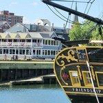 Foto di Capt's Waterfront Grill