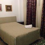 Photo de Villa Pera Suite Hotel