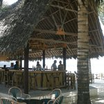 Dhow Bar right on the beach
