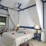 De Lux Bedroom