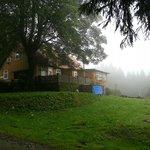 Hubhaus im Nebel