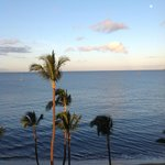 morning ocean view from the lanai