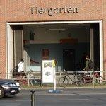 Man fällt praktisch in den S-Bahn-Bahnhof