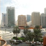 Kilátás a szállodából a városra