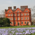 Kew Palace in the spring