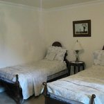 Bed room with two twin beds