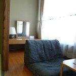 房間面海日式沙發