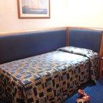 Royal continental hôtel napoli . My small & old fashion room