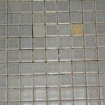 Le sol de la salle de bain