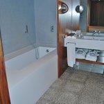 SDB avec baignoire/douche