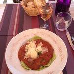Excellents raviolis frais tomates mozza au pesto.