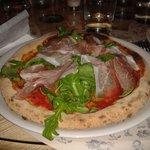 pizza con speck e rucola