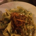 penne with chicken spinach and cashew nuts sauce