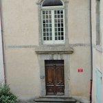 entrance to 42 rue Victor Hugo