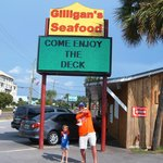 Gator Chomp At Gilligan's!!
