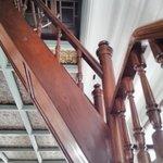 3階へ上がる階段