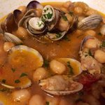 Chickpea soup with clams