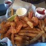Great fried shrimp and fries!!!