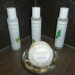 Beautiful Bathroom Products supporting Forest and Bird