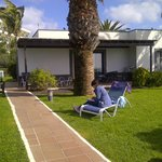 The villa have a private garden to relax in front of the sea