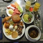 私が朝食ヴァイキングで食べた食事です。