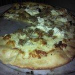 Brick oven pizza - nice thin crust!