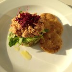 Crab/prawn starter with cumin biscuits