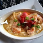 Shrimp 'n' Grits (small plate)