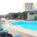 piscine très calme en septembre