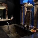 302 urban bath