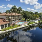 Foto de VISTA Hotel on Lake Tarpon