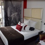 Bedroom 402