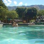 Hermosa piscina con lvista a las sierras