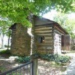 Historic Ogle Log Cabin in DOWNTOWN Gatlinburg